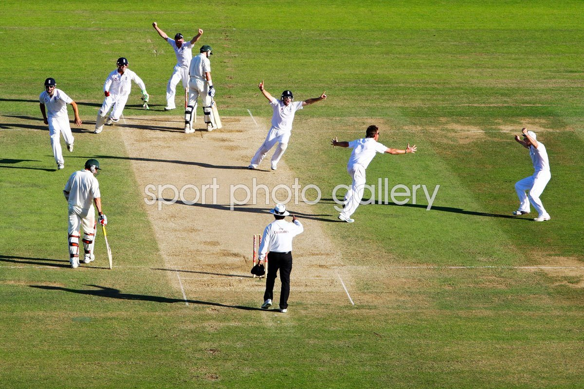 Moment of Victory - Ashes Regained Oval 2009