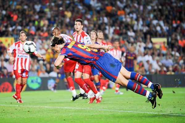 Zlatan Ibrahimovic scores for Barcelona
