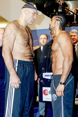 Nikolai Valuev v David Haye - Weigh In