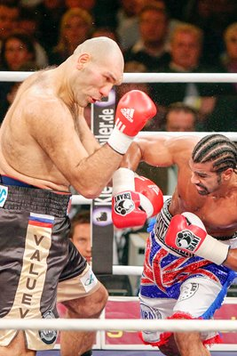 Nikolai Valuev v David Haye Action 2009