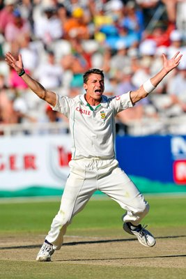 Dale Steyn appeals for South Africa, Newlands 2010