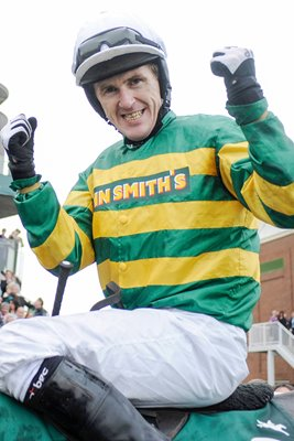 Tony McCoy wins National on 15th Attempt