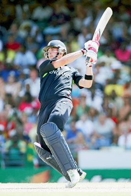 Craig Kieswetter action v South Africa -  T20 World Cup