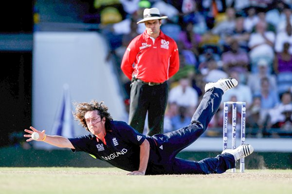 Ryan Sidebottom diving stop v South Africa