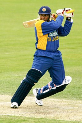 Aravinda De Silva in action