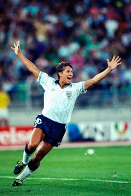 Gary Lineker celebrates v Germany Italia 1990