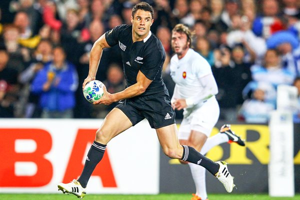 Dan Carter New Zealand v France 2011