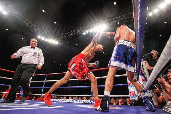 Nathan Cleverly v Tony Bellew Echo Arena 2011