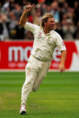 Shane Warne's 700th Wicket - Ashes 2006