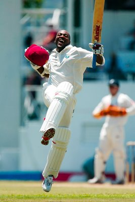 Brian Lara breaks World Record