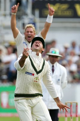 Ricky Ponting and Shane Warne celebrate