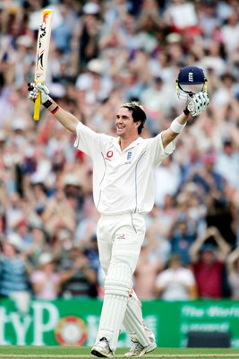 Kevin Pietersen celebrates Ashes saving century