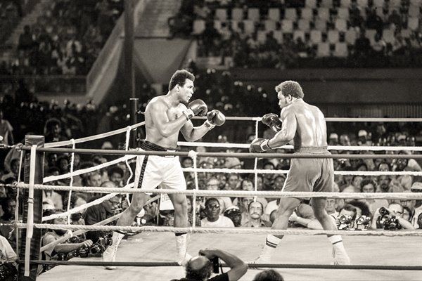 Muhammad Ali v George Foreman Rumble in the Jungle 1974