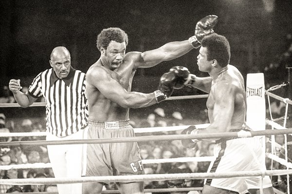 Muhammad Ali knocks out George Foreman 1974