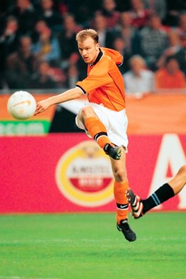 Dennis Bergkamp Holland action