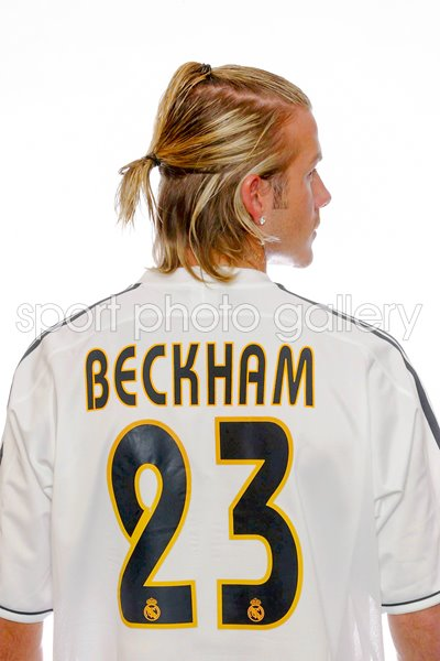 new arrivals f0bea 62059 David Beckham signs for Real Madrid