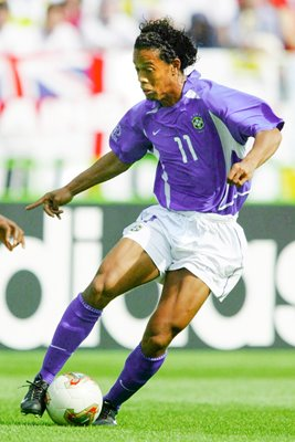 Ronaldinho World Cup 2002 action