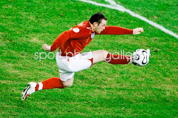 Wayne Rooney action