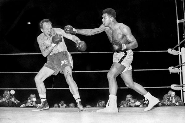 Cassius Clay v  Henry Cooper 1966