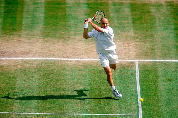 Andre Agassi Wimbledon action 2000