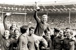 1966 Bobby Moore England World Cup Wembley Prints