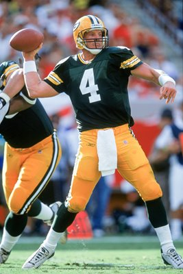 Brett Favre Green Bay Packers v Buccaneers 2001