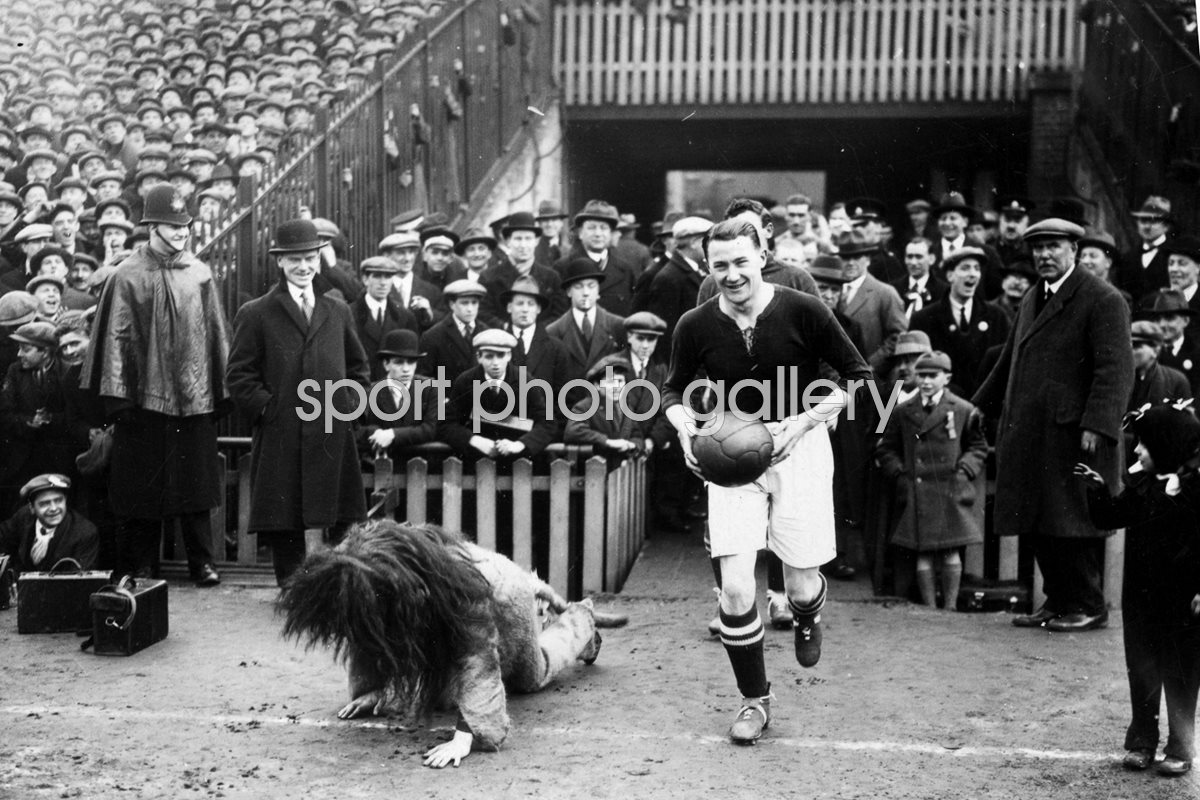 Len Graham Millwall Football Club captain