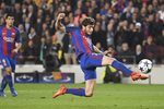 Sergi Roberto Barcelona scores v PSG Champions League 2017 Mounts