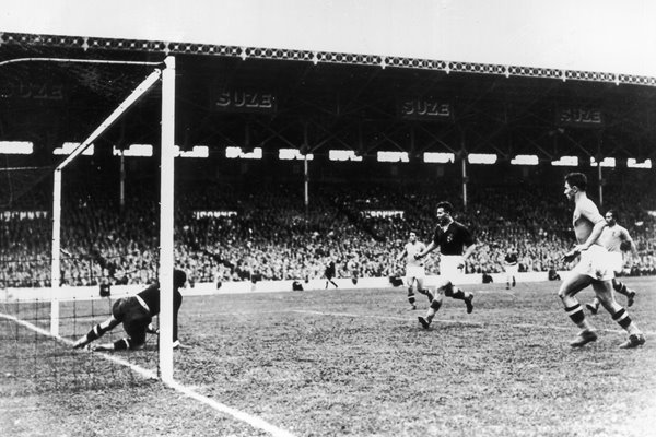 Italy v Hungary 1938 World Cup Final
