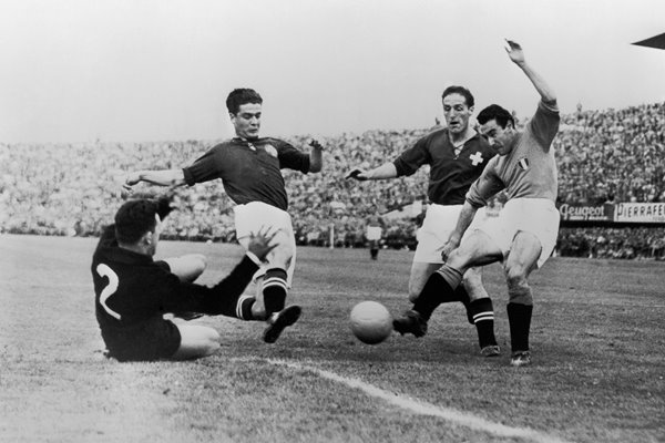 Benito Lorenzi Italy v Switzerland World Cup 1954