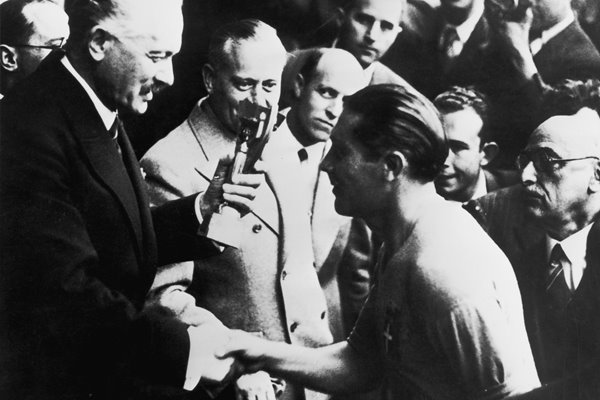 Giuseppe Meazza Italy captain World Cup 1938