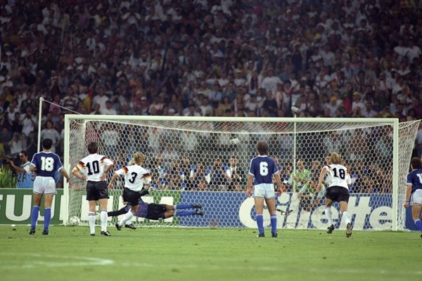 Andreas Brehme Germany penalty World Cup Final 1990