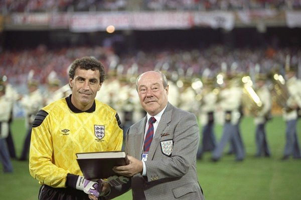 Peter Shilton 125th World Record England Cap 1990