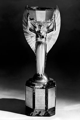 Jules Rimet Trophy World Cup 1970