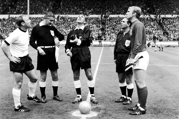 World Cup Coin Toss England v West Germany 1966