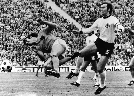Beckenbauer tackle v Holland 1974
