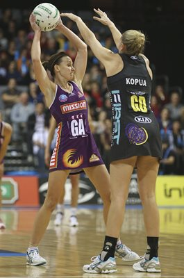 Natalie Medhurst Firebirds v Magic ANZ Netball 2013