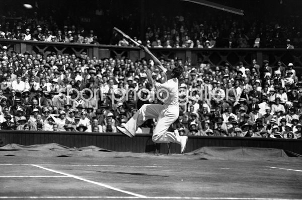 Fred Perry Great Britain v USA Davis Cup Wimbledon