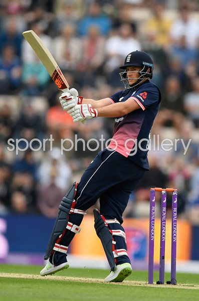 Joe Root England v South Africa ODI Ageas Bowl 2017