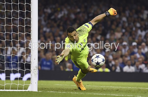 Gianluigi Buffon Juventus v Real Madrid Champions League Final 2017