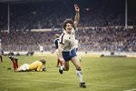 Kevin Keegan scores England v Scotland 1979 Mounts