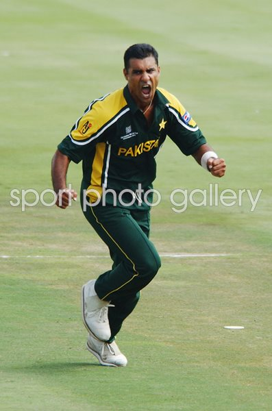 Waqar Younis Pakistan v India World Cup 2003