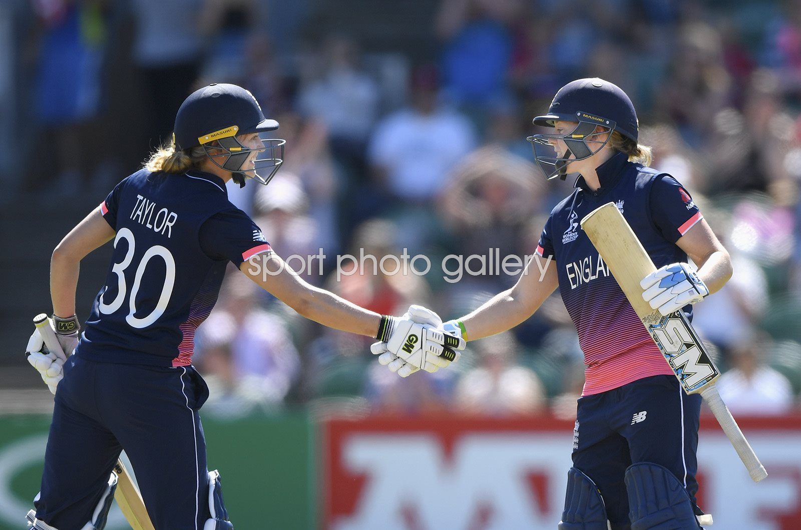 Heather Knight & Sarah Knight England Women's World Cup 2017