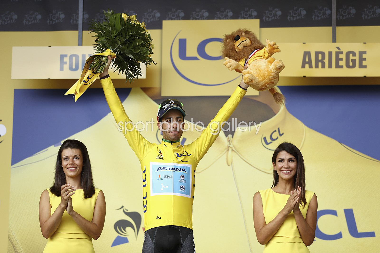 Fabio Aru Yellow Jersey Le Tour de France 2017