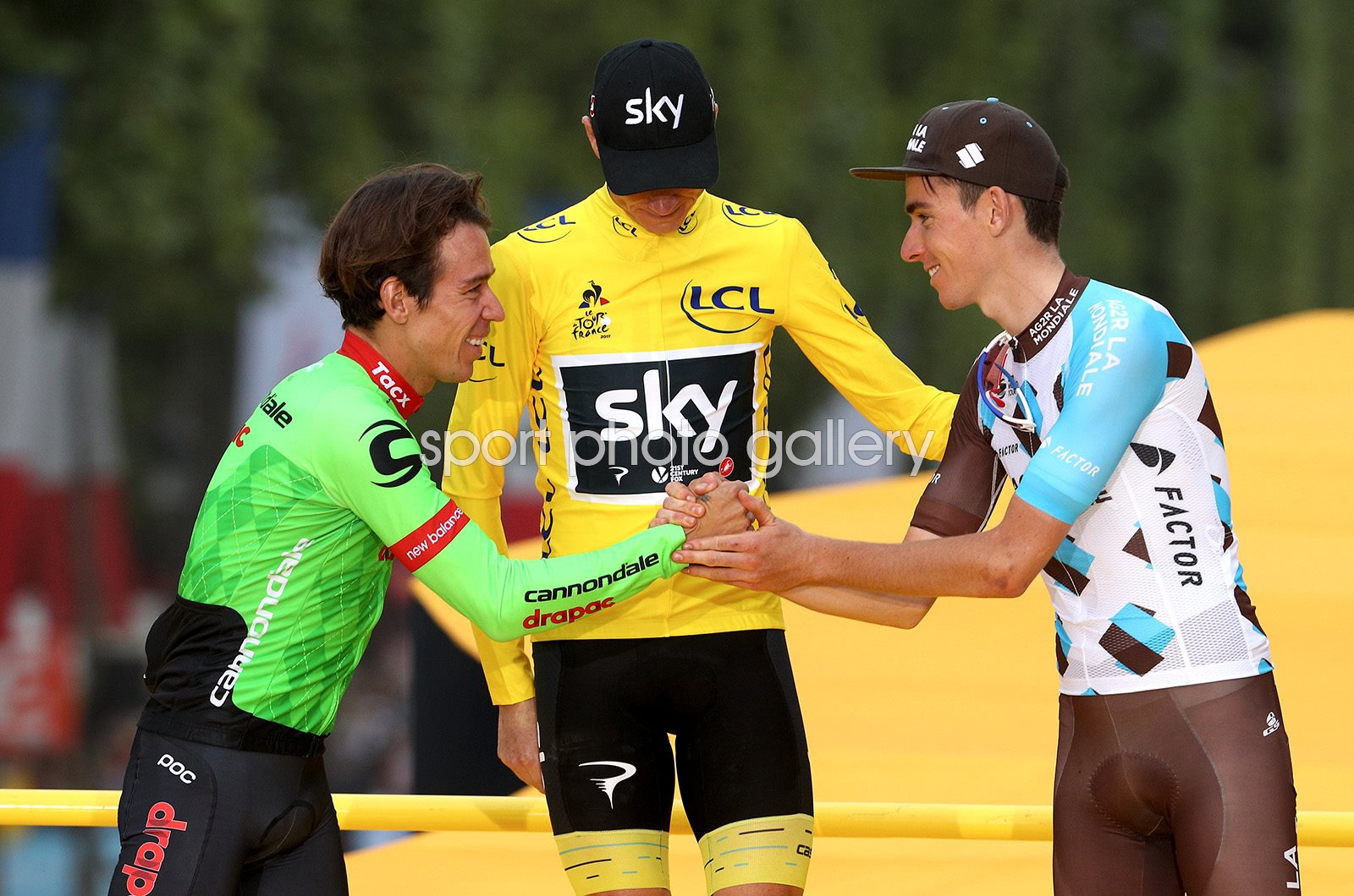Chris Froome Rigoberto Uran & Romain Bardet Podium Paris 2017