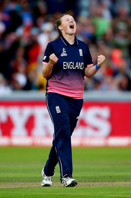 Anya Shrubsole England v India Women's World Cup Final 2017