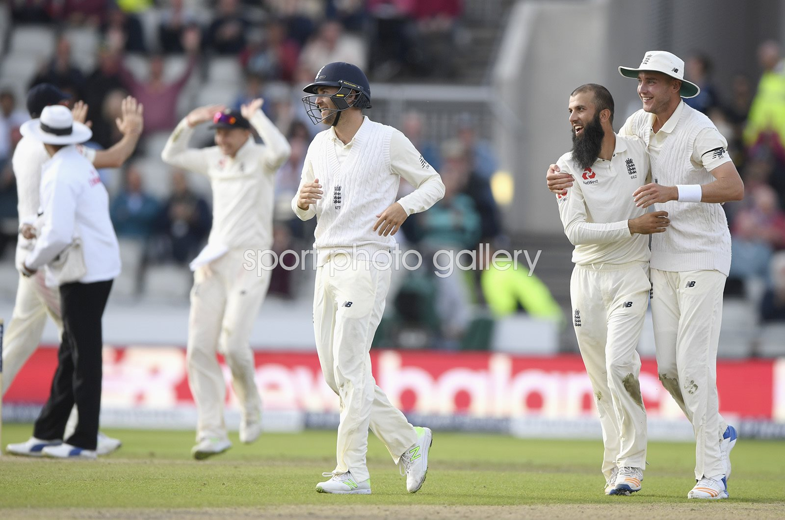 Moeen Ali England winning wicket v South Africa Old Trafford 2017