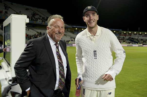 Stuart Broad passes Ian Botham England Wickets List Edgbaston 2017