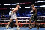 Floyd Mayweather Jr. v Conor McGregor Las Vegas 2017 Mounts