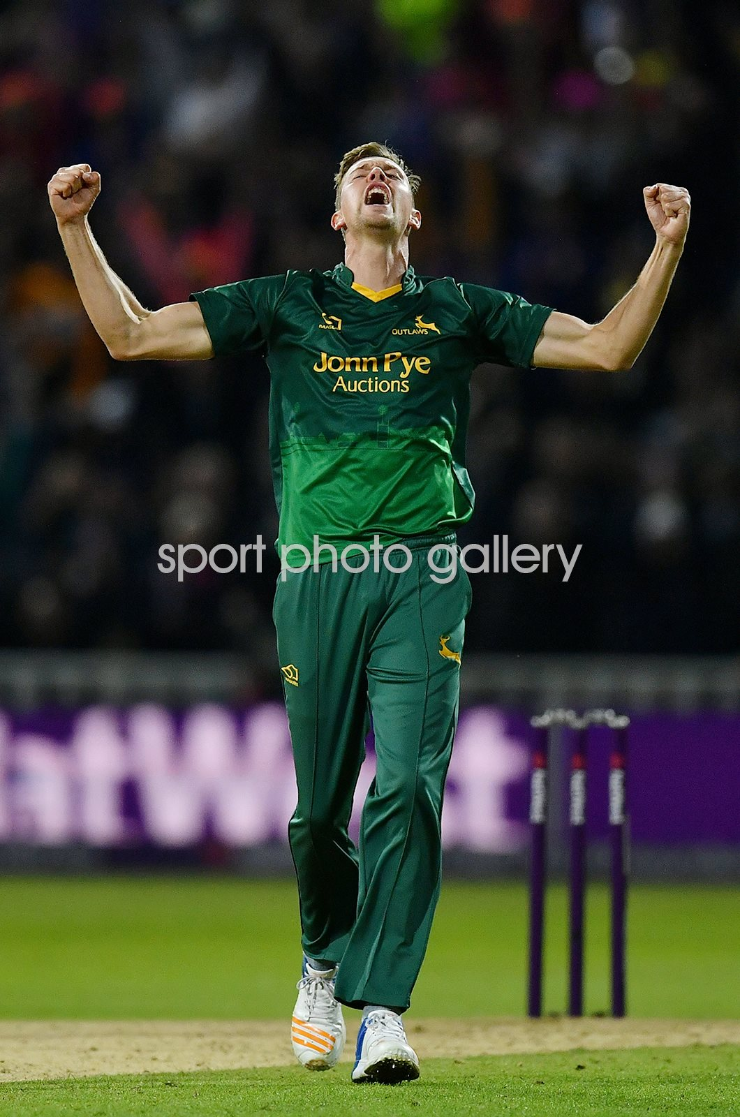 Jake Ball Nottinghamshire Outlaws T20 Blast Winners 2017